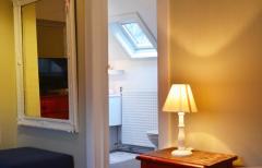 Chambre double 2d etage vers sa salle de bain